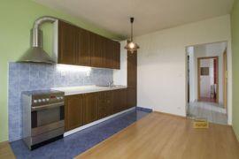 Pronájem bytu  2+kk/B, 64m2, Praha 10 - Štěrboholy, nový, částečně zařízený