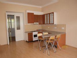 Pronájem bytu 5+kk, 111m2, Praha 5 - Smíchov, po rekonstrukci, parkovací místo