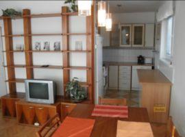 Pronájem bytu Praha 4, byt 3+kk, 65m2, po rekonstrukci, zařízený