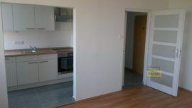 Pronájem bytu v Praze 9 - Letňany, byt 2+kk/L, 58m2, po rekonstrukci