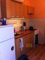 Pronájem bytu  PV -  Velké Popovice, 2+1, 63m2,  garáž