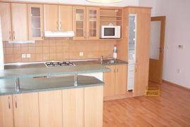 Pronájem bytu  2+kk, 53m2, Praha 6 - Suchdol, nový, parkovací místo