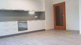 Pronájem bytu 1+kk, 33m2, Praha 4 -  Kunratice, po rekonstrukc