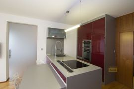 Pronájem bytu 2+kk/B, 64m2, Praha 9 - Hrdlořezy, nový, garážové st