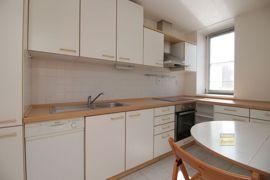 Pronájem bytu  3+1, 63m2, Praha 3 - Žižkov, garážové stání